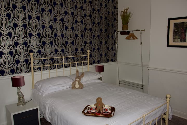 Double Room Deluxe Ensuite - The Wolsey