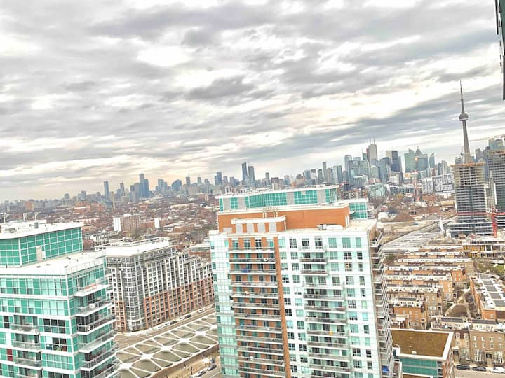 ✨Stylish Condo with Amazing View in ❤️ of Liberty✨