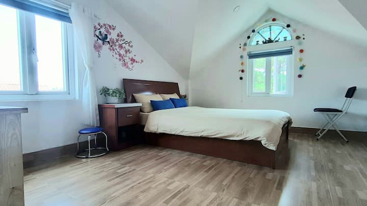 double room with window