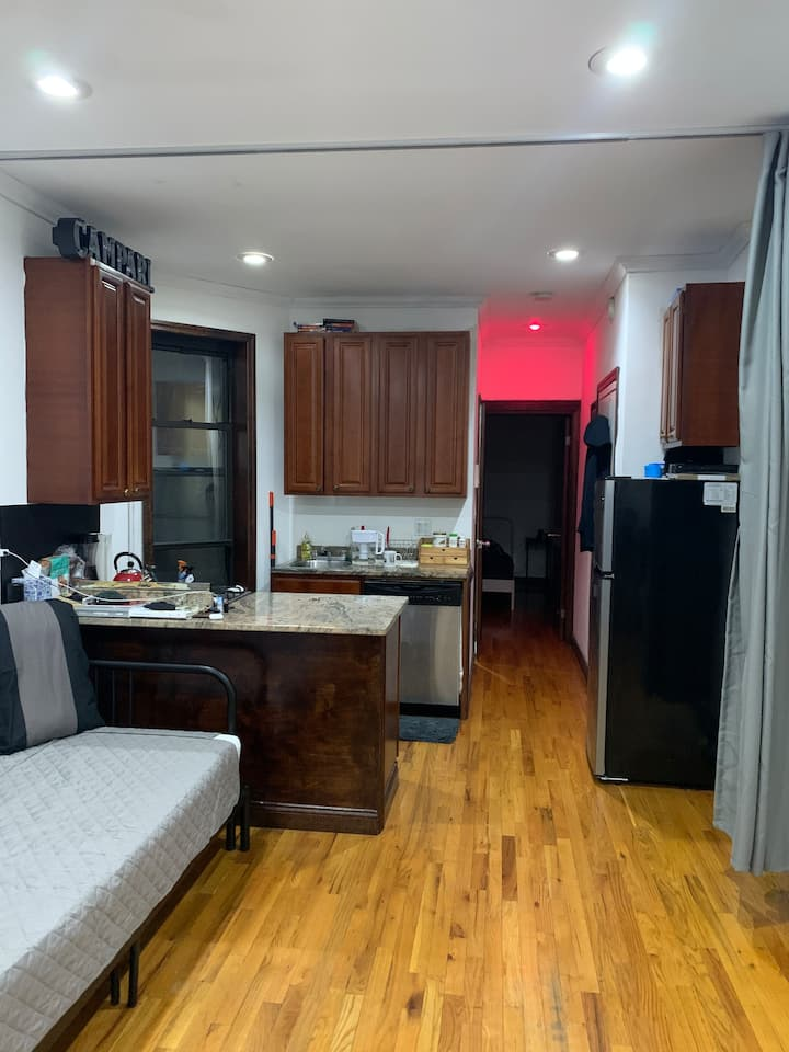 1 Bed Apartment in the heart of NOHO