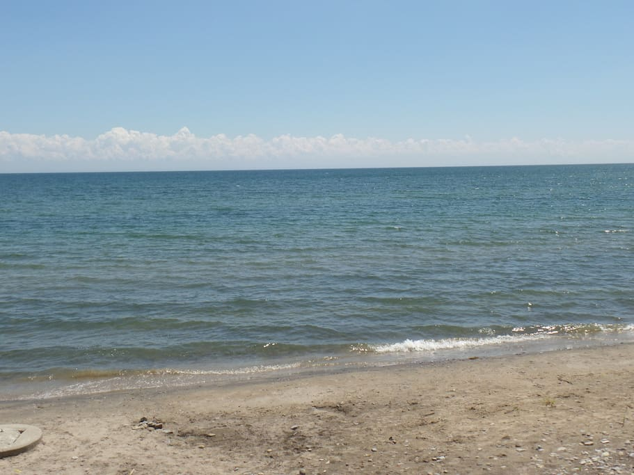 Private, sandy beach with nice, gradual and shallow entry