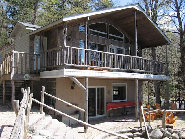 Spacious cottage on Eagle Lake - Eagle Lake - Talo
