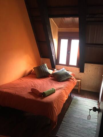Double room @ big beautiful house - Albarracin - House