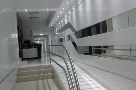 moderno apartamento de estreno en centro historico - Distrito de Lima - Apartamento