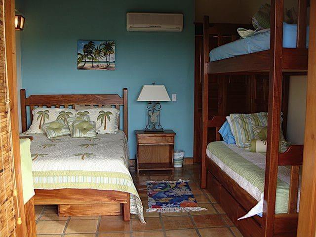 2nd Bedroom Queen & Bunkbeds
