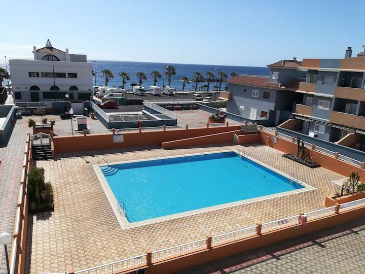Cozy Apartament. Relax, Beach, Pool, Sun & WiFi.