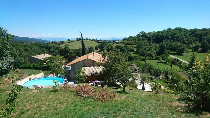Chez Chris - Veyras, Auvergne-Rhône-Alpes, FR - Casa