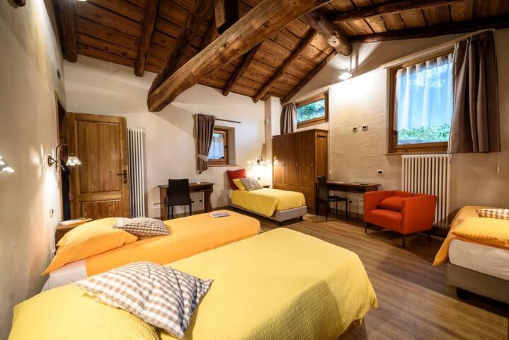 Ostello del Castello (bed/ 1 letto)