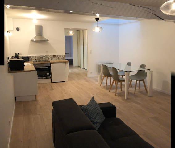 Appartement rénové en plein cœur du centre ville