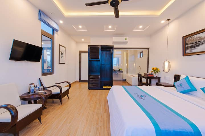 Double Room With Bathtub - Island Town Villas