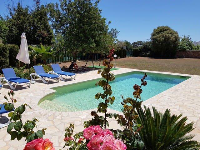 Casa con Piscina a 200metros de  playa. ET-0466-E