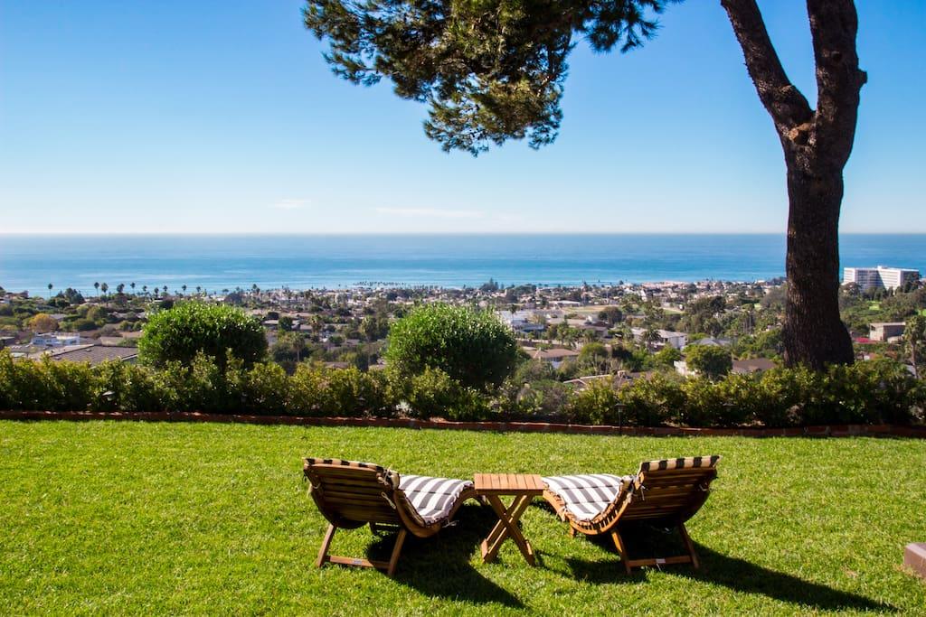 Beautiful cottage overlooking La Jolla shores San Diego