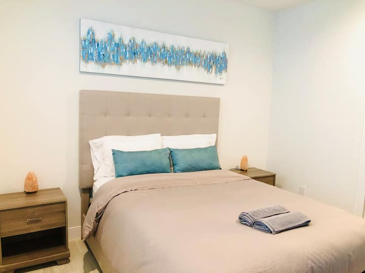 Suite with private entrance in east downtown!