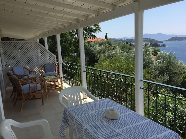 Villa Orion - Charming place for 4 - great seaview