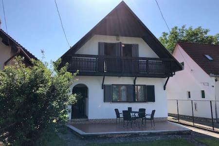 Cosy House in Harkány