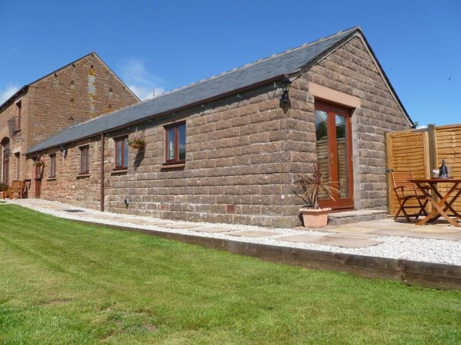 Buttercup Cottage, self catering holiday cottage in Catterlen, Penrith Nr Ullswater, Lakes Cottage Holidays