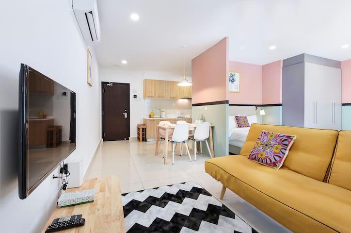 Midori Concept Home Stay@KSL D'Esplanade B23-05,JB