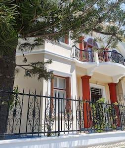 Villa Sanyan -Bed and Breakfast - Rodos