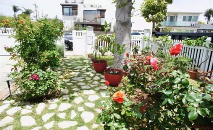 Cozy home in Marina del Rey