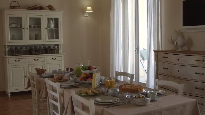 Orchidea Bianca stanza 2 - Pezze di Greco - Bed & Breakfast