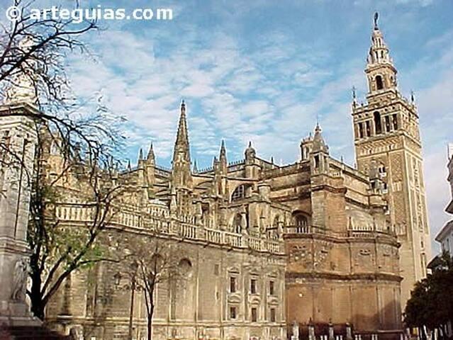 CHALET CERCA SEVILLA (Andalucía) - Carmona - Chalet