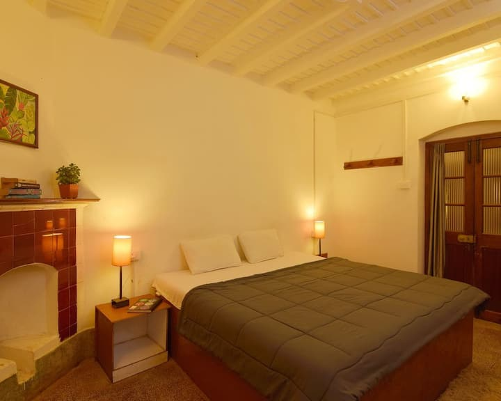 Standard Private room in Ooty