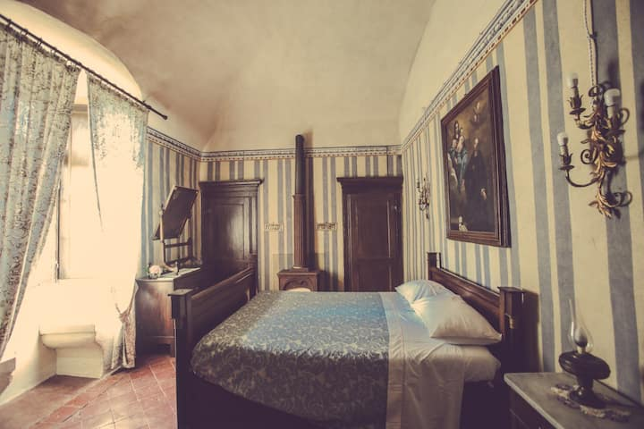 Elegante suite in antico castello del Monferrato