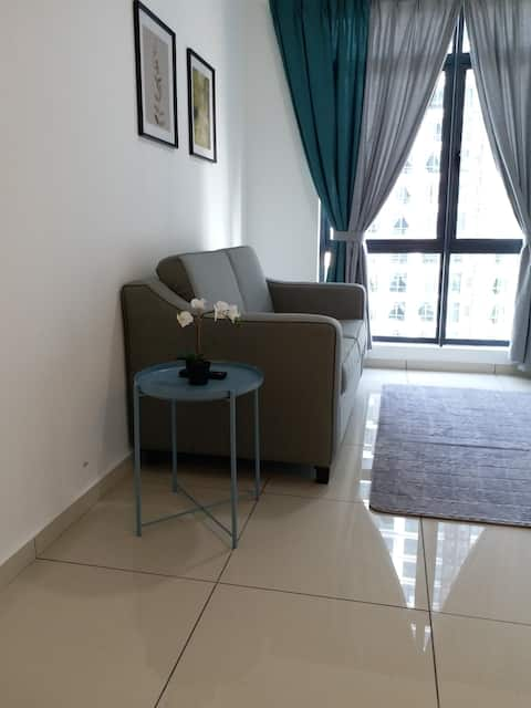 myStay@Cyberjaya | SmartLock | WIFI | Pool View