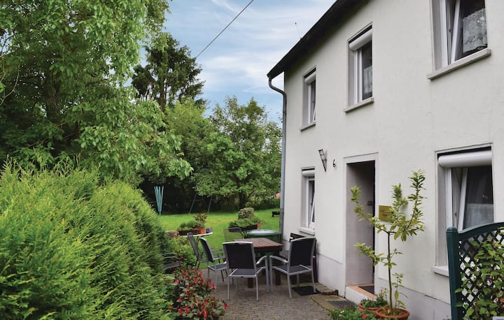 Nice home in Trierweiler with WiFi and 3 Bedrooms