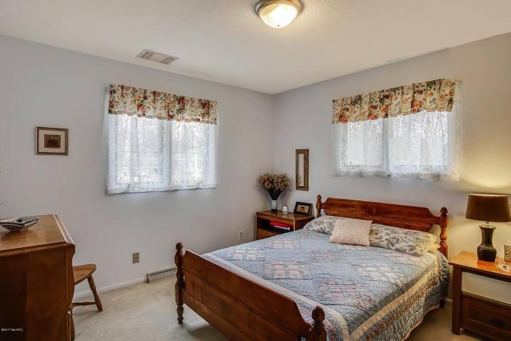 Clean Comfort Bedroom in Nice Neighborhood