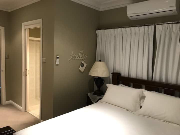 Private Room & Ensuite