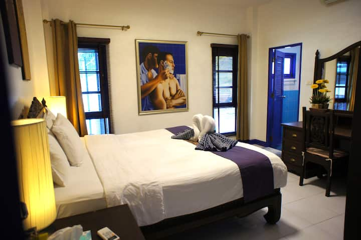 Phuket Gay Homestay - Private Room A