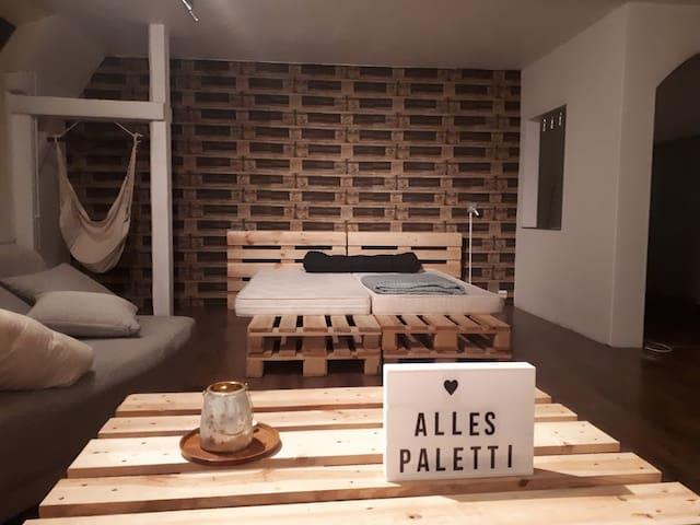 Alles  Paletti