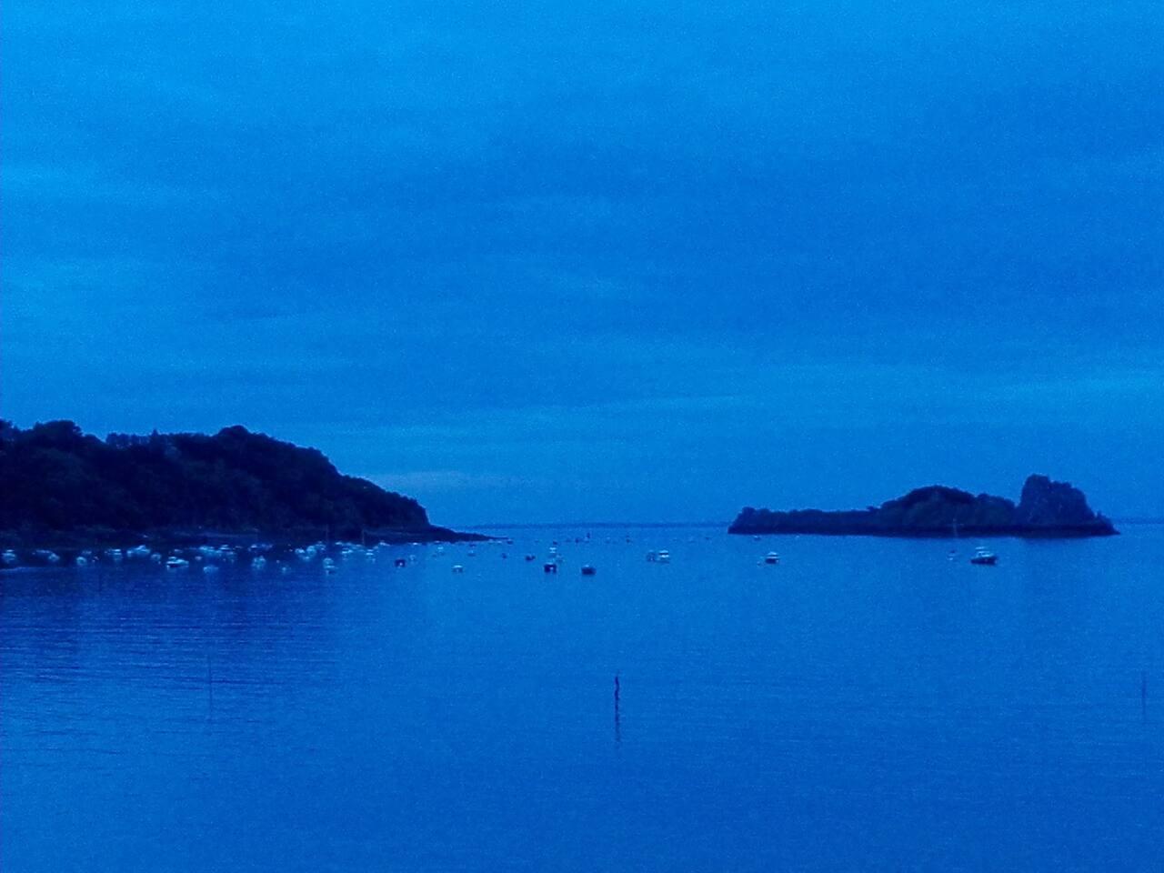 Le bleu pour la Côte d'Émeraude