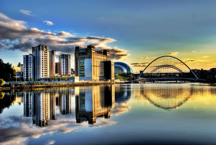 Stunning Newcastle Quayside Apartment - Newcastle upon Tyne - Apartment