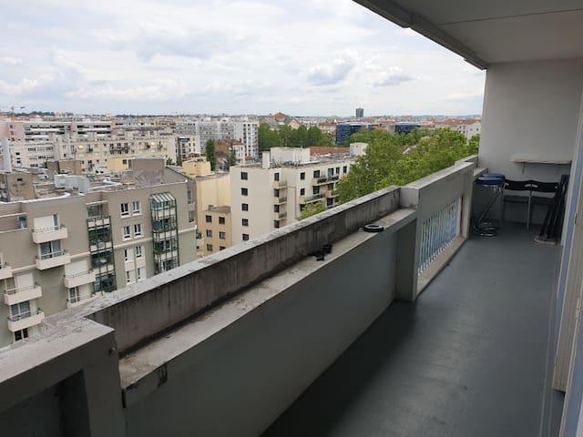 Bel Appartement à 2 min de la gare par Dieu