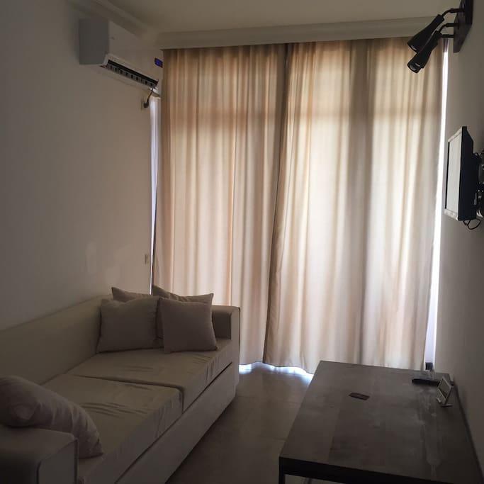 гостевая комната с раскладывающимся диваном