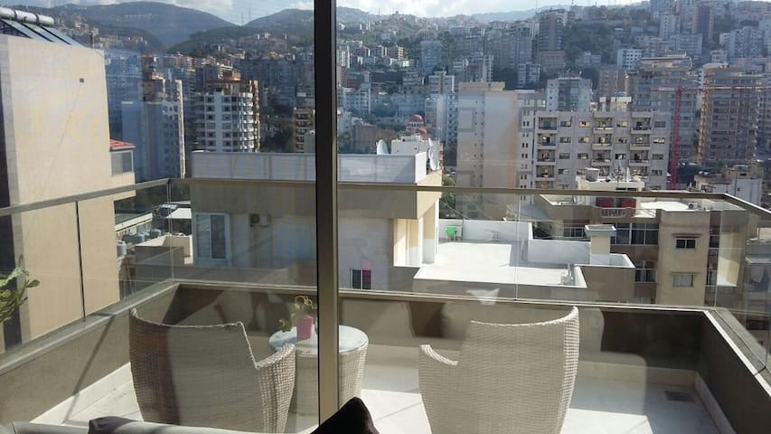 SKYVIEW ANTELIAS HIGH RISE 12TH FLOOR LUXURY APPT - JAL EL DIB - Daire