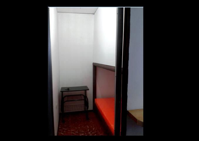 Habitación segura privada - San Pedro - Bed & Breakfast