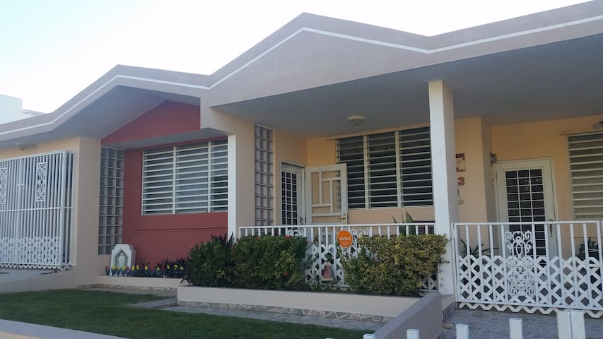 3BR Home in Tropical Oasis - Isabela - House