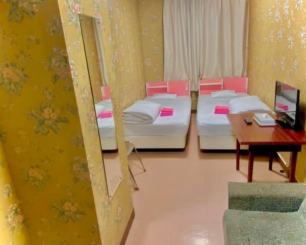 Free WiFi◆Within 3min:JR・Toei Line◆Twin Room