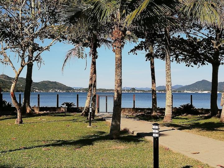 Paraíso as Margens da Lagoa da Conceição