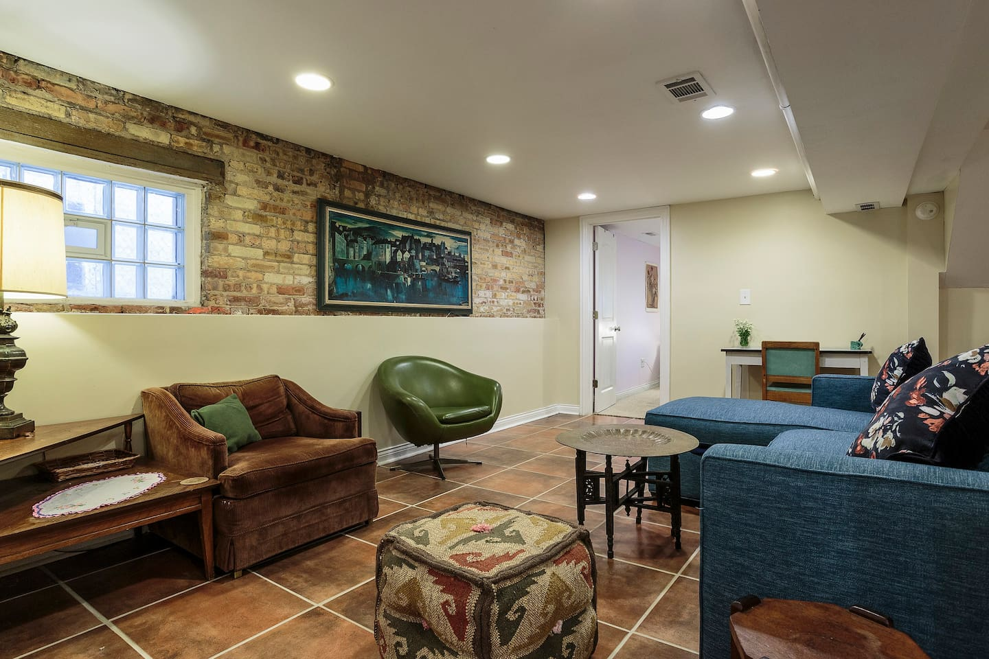 Basement apartment creating an airbnb worthy basement with basement - Private Basement Apartment Apartments For Rent In Chicago Illinois United States