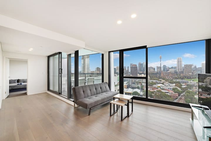 Designer 2 Bedroom Apartment in Potts Point