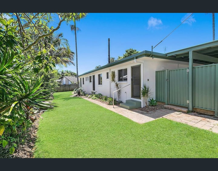 Lovely, well-placed and renovated unit in Buderim