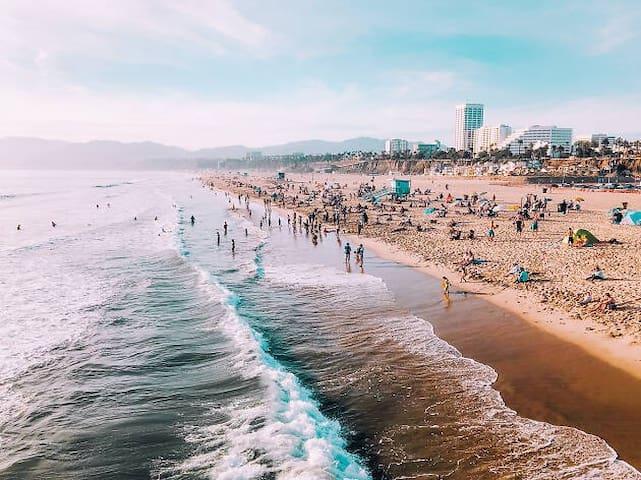Guidebook for Santa Monica