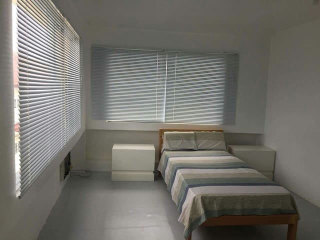 Clean Room Single - Tacloban City - บ้าน