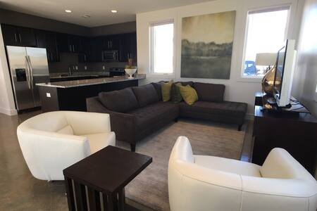 The Elements Game Day Rental - Tuscaloosa