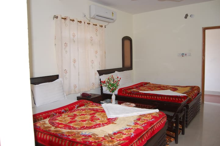 Hotel laxmi international