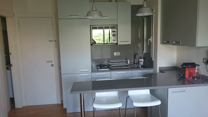 Lovely light apartment near San Sebastian beach